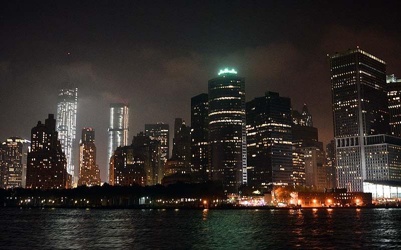 NY skyline by night