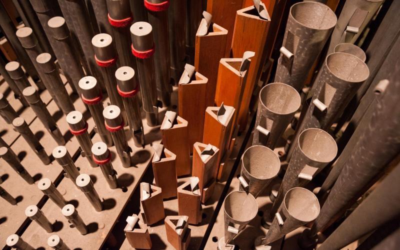 Woolsey organ pre-restoration pipes