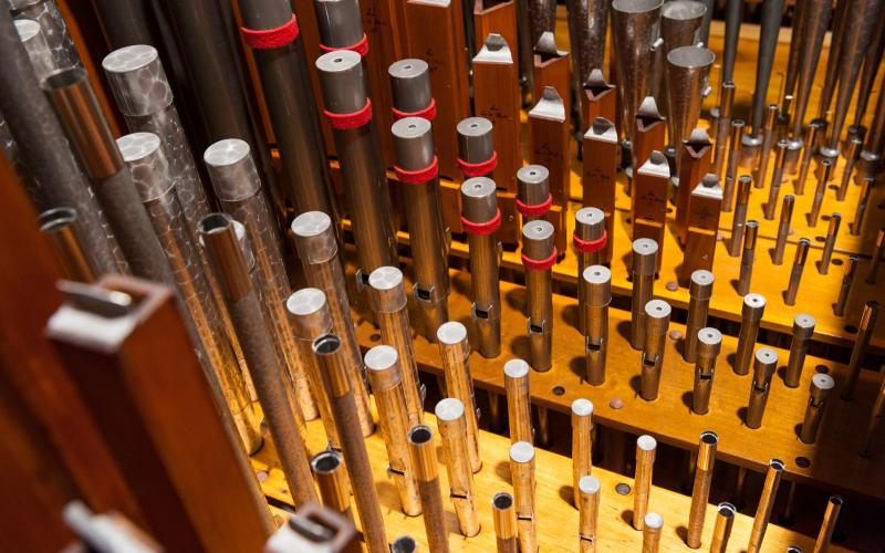 Woolsey organ swell pipes restored
