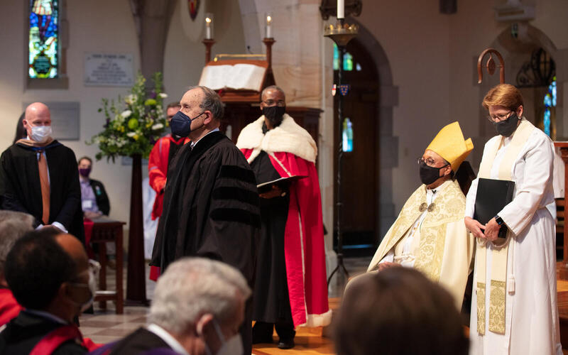 Thomas Murray receives an honorary doctorate. Photo courtesy of the School of Theology, University of the South.